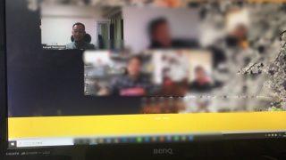 Zoomを使ってWeb会議やWeb飲み会を開催しています