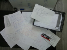 頭の中を整理するために紙に書き出す