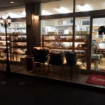 朝4時開店のパン屋は大盛況。他店との差別化